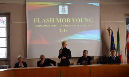 Borgomanero città non violenta: un flash mob contro il femminicidio