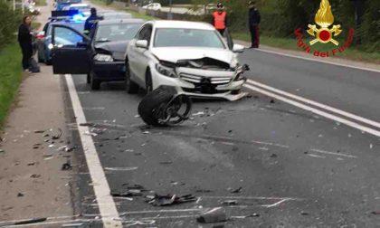 Paruzzaro incidente sulla Statale: 3 auto coinvolte, 2 feriti estratti dalle lamiere