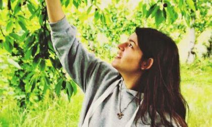 Oggi l'addio a Erika: morta a 18 anni strangolata dal maglione
