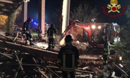 Due esplosioni e crolla una casa: morti tre Vigili del fuoco