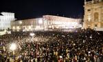 Sardine a Torino, più di 30 mila in piazza Castello