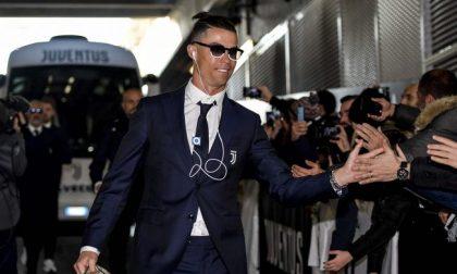 Cristiano Ronaldo firma l'accordo con l'azienda di Lapo Elkann IL VIDEO