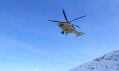 Alpinista precipita per cento metri e muore sotto gli occhi dell'amico