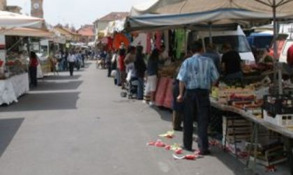 """A Oleggio Castello mercoledì si inaugura il nuovo mercato nella via """"senza nome"""""""