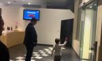 """Bimbo saluta i calciatori del Toro ma loro lo ignorano, solo due gli """"danno il cinque""""  VIDEO"""