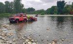 Resta bloccato in mezzo al fiume col trattore: salvato a San Nazzaro