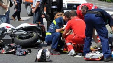 Gattico 19enne in moto travolta da un'auto: ha perso la gamba