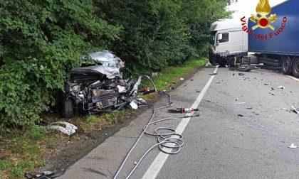 Incidente a Paruzzaro: morto l'automobilista, aveva 48 anni