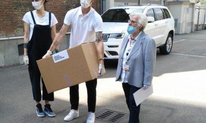 Leonardo Bonucci dona 1000 mascherine autografate al Servizio emergenza anziani