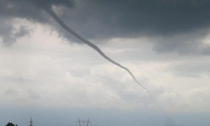Tornado a Trecate: foto e video impressionanti