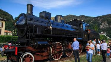 Torna il treno storico Novara-Varallo