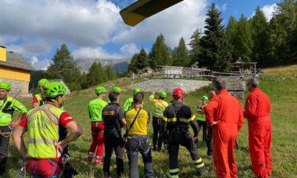 Sorvola la Val Bognanco e sparisce: senza esito le ricerche del parapendista