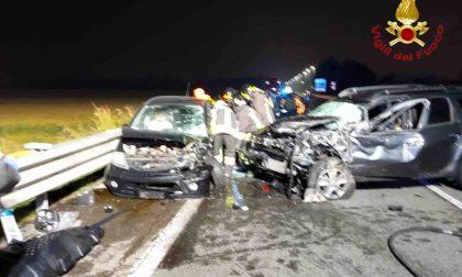 Terribile incidente in corso Milano a Novara: 6 persone incastrate tra le lamiere
