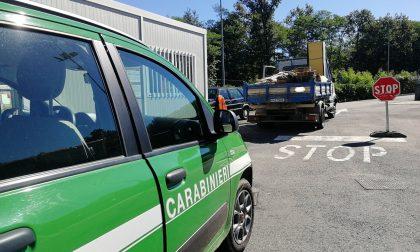 Sequestrato camion pieno di elettrodomestici a Fontaneto