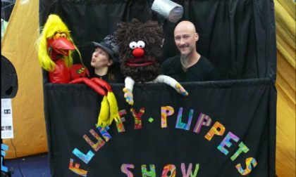 Feste di compleanno a distanza grazie ai borgoticinesi Fluffy Puppets