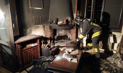 Vco vigili del fuoco salvano anziano da un appartamento in fiamme – FOTO