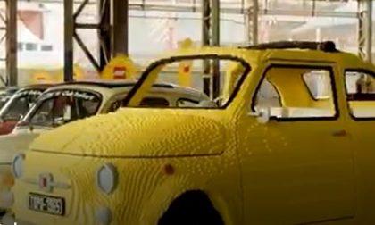 Fiat 500 in Lego a Torino: il video della costruzione