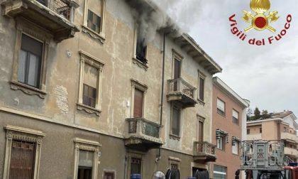 Novara appartamento a fuoco in via Melchioni