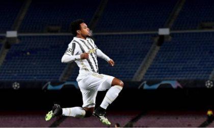 Svuotano la casa del giocatore della Juventus mentre lui è in campo