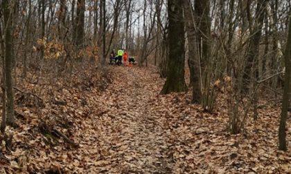 Incidente di corsa a Santa Cristina di Borgomanero: runner scivola nei boschi