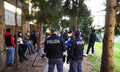 Novara controlli anti assembramenti in centro: due giovani segnalati