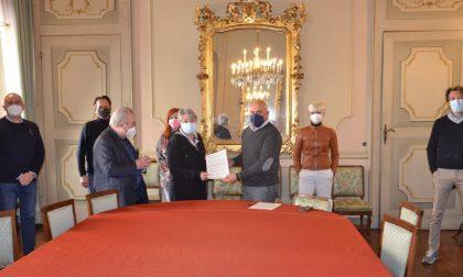 A Borgomanero firmato il protocollo d'intesa tra Comune e Lions per la pagoda di Villa Zanetta
