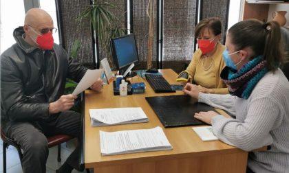A Lumellogno un gruppo modello per l'aiuto nelle registrazioni per i vaccini