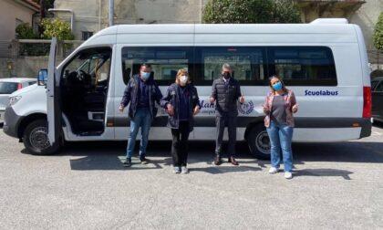 Nuovo scuolabus in servizio ad Arona