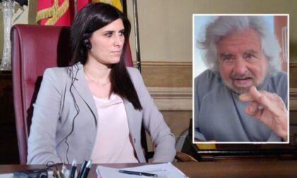 """Video-choc di Grillo, la Appendino difende la vittima di stupro ma è """"vicina"""" a Beppe"""