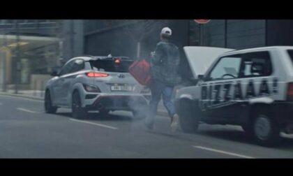 """Lapo Elkann contro la pubblicità della Hyunday: """"Stereotipo contro l'Italia, se la Panda fa fumo è solo per decollare"""""""