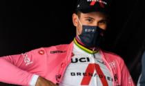 Giro d'Italia: il verbanese Ganna resta in maglia rosa