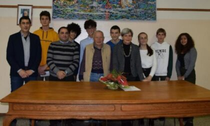 """Sindaco di Castelletto: """"Non lasceremo morire le borse di studio create da Besozzi"""""""