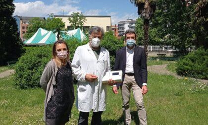 Un elettrocardiografo in dono all'Istituto De Pagave da Fondazione Comunità Novarese