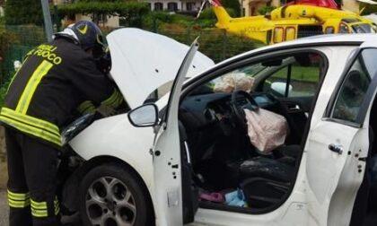 Incidente a Oleggio: automobilista soccorso con l'elicottero in via San Giovanni