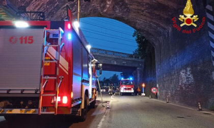 Arona parti pericolanti nel ponte di via Milano: intervengono i vigili del fuoco