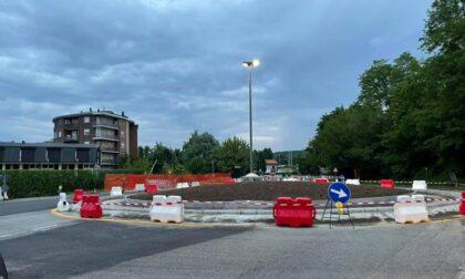 Nuova rotonda ad Arona: entro un mese lavori ultimati