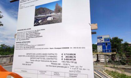 """Ponte Romagnano, a penna la data di fine lavori: """"Anno 2121"""""""
