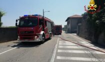 Vasto incendio a Massino Visconti: vigili del fuoco in campo