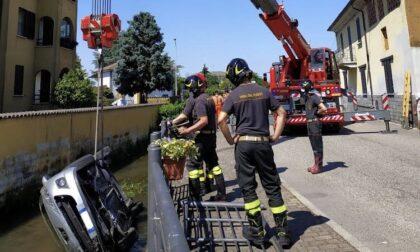 Incidente a Cerano: auto cade in una roggia