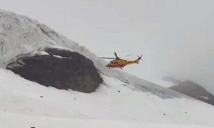 Cade in un crepaccio a 4mila metri sul Monte Rosa