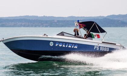 Nove tedeschi rischiano di affondare nel Lago Maggiore