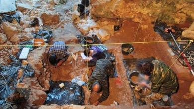Resti di uomini preistorici trovati nelle grotte del Fenera