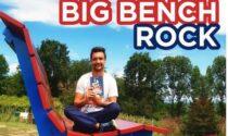 Tommaso Nidasio presenta il suo libro alla panchina gigante di Barengo
