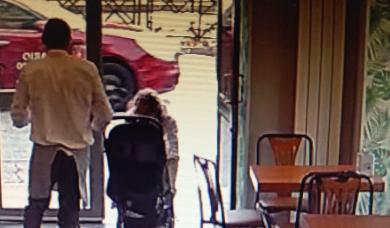 Professore tenta di rapire una bimba di 9 mesi dal passeggino: arrestato