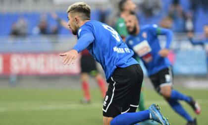 """Il Novara Fc conquista il """"derby"""""""